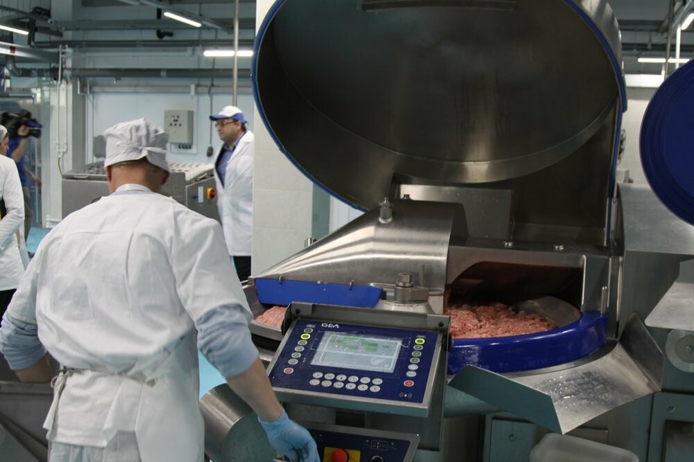 Котлеты, пельмени и колбаса – на Камчатке открыли новый мясоперерабатывающий цех, фото-4