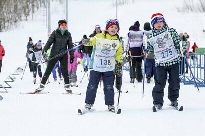 На Камчатке более 5000 участников вышли на старт «Лыжни России», фото-4