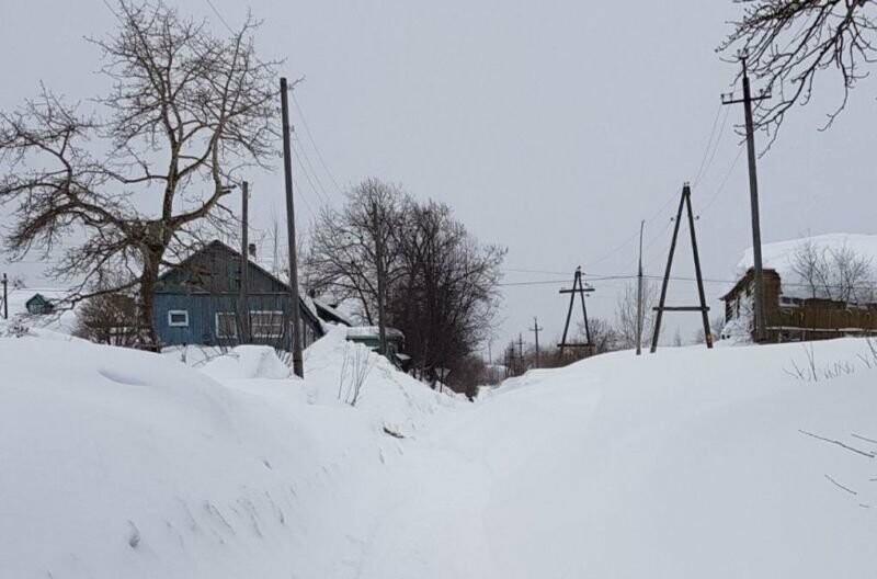 Утопающий в снегу поселок Ключи начали расчищать только после вмешательства прокуратуры, фото-3