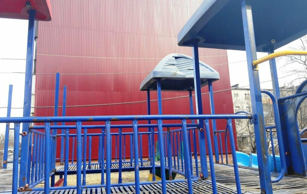 Прокуратура взялась за елизовские детские площадки, фото-1