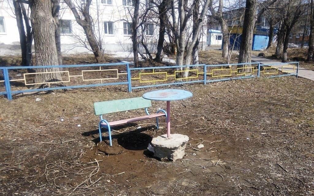Прокуратура взялась за елизовские детские площадки, фото-3