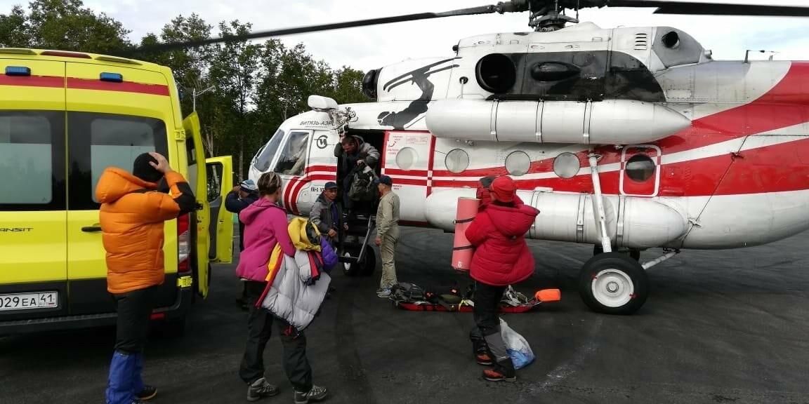 На Камчатке со склона вулкана эвакуировали туристов, фото-2