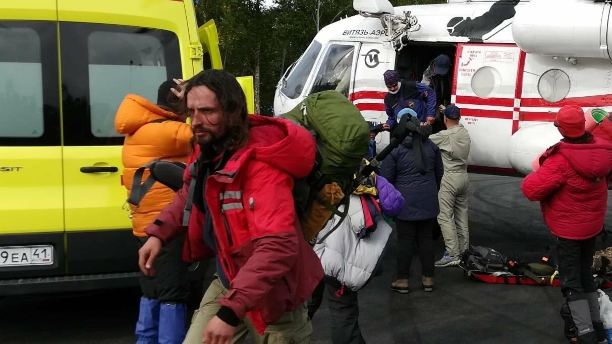 На Камчатке со склона вулкана эвакуировали туристов, фото-4