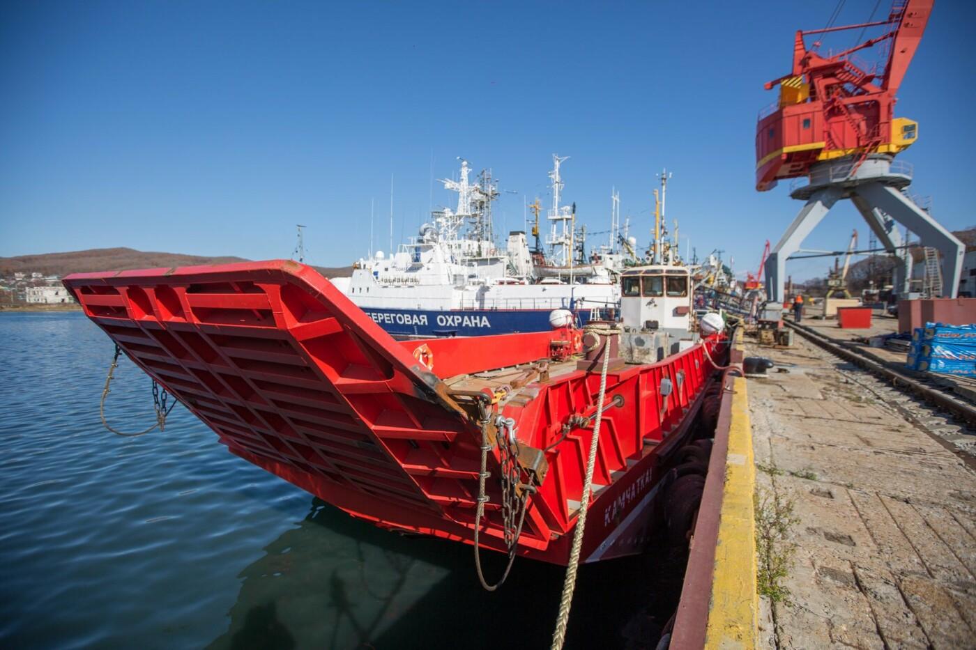 Новые баржи прибудут на Камчатку в конце года , фото-1