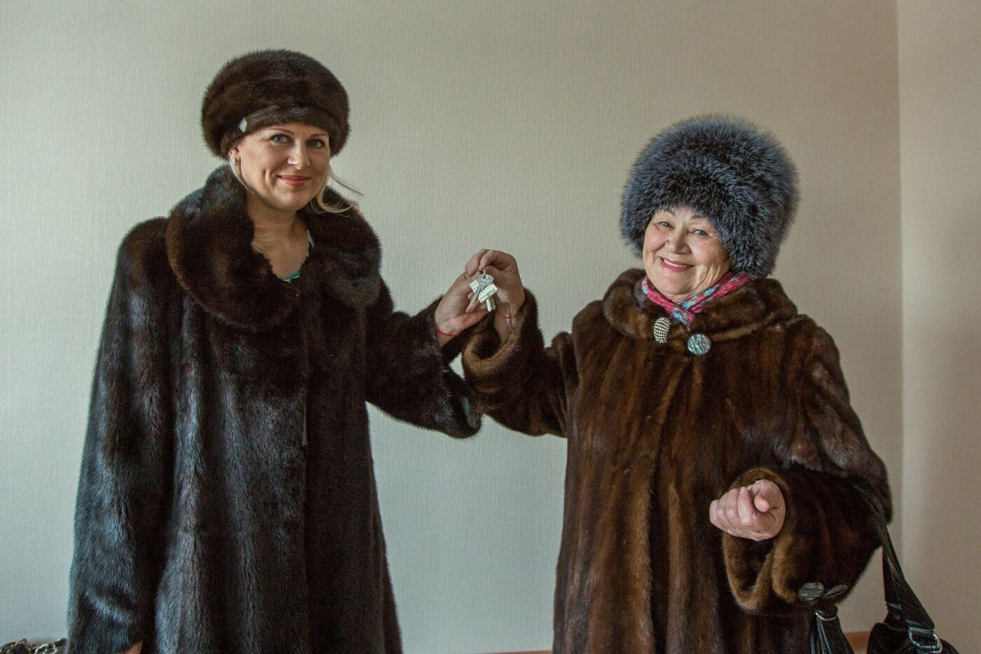 На Камчатке многодетные семьи получили ключи от квартир в новостройках, фото-1