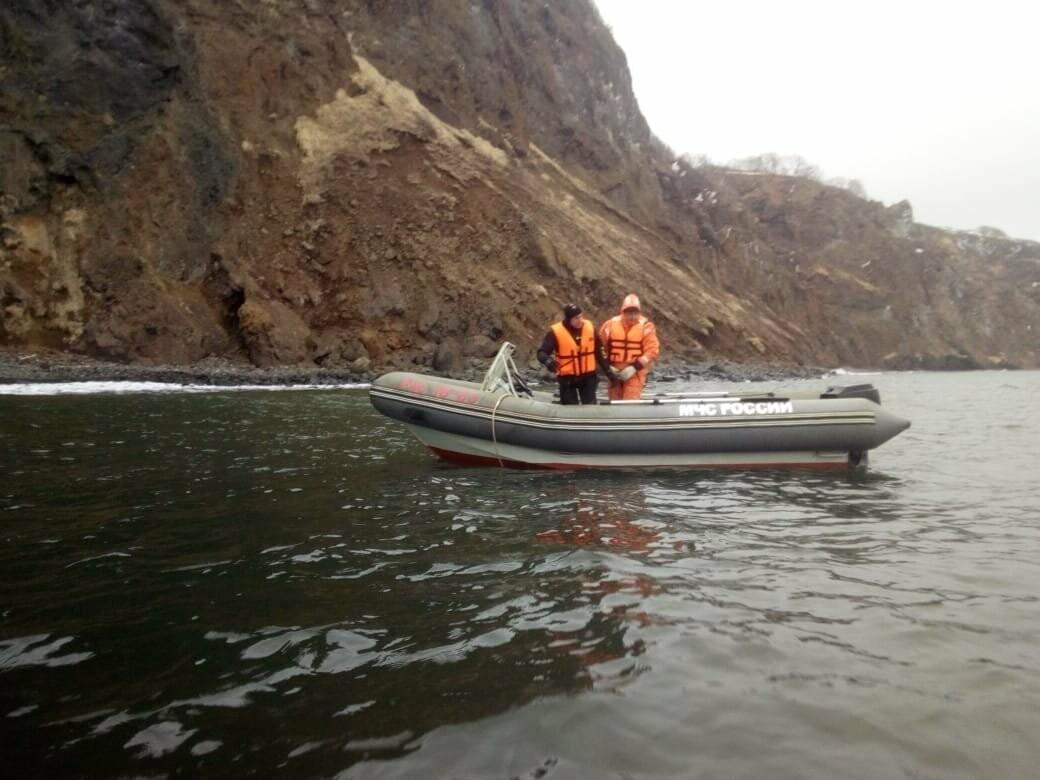 Пять человек эвакуировали спасатели с побережья бухты Шлюпочная , фото-7