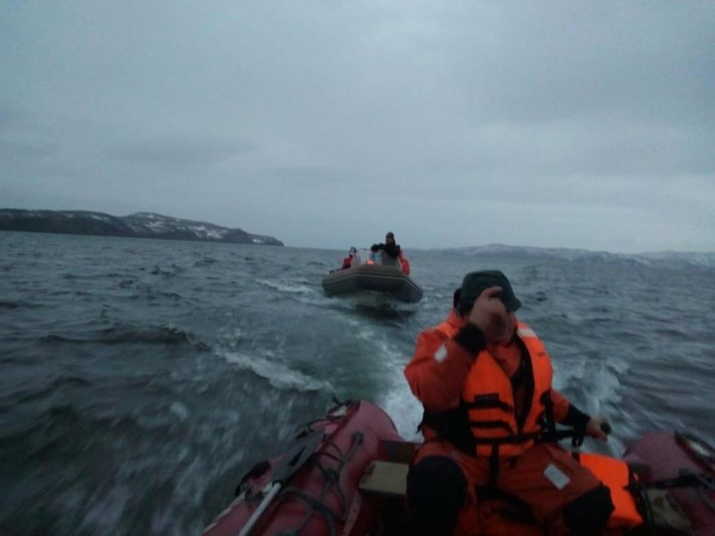 Пять человек эвакуировали спасатели с побережья бухты Шлюпочная , фото-2